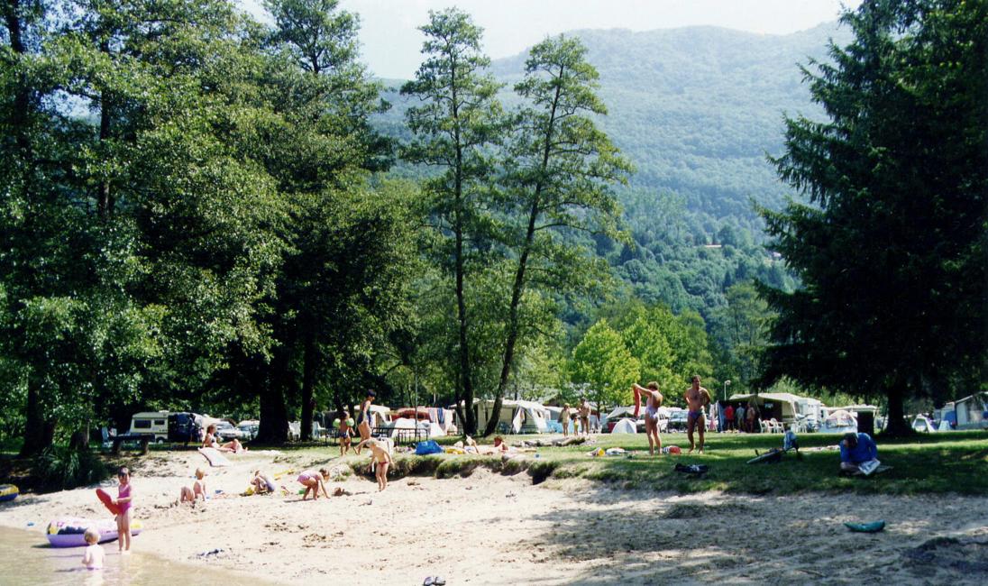 AiguebeletteLeLac  Savoie   Groupement Des Campeurs