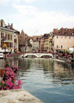 Saint jorioz haute savoie 74 groupement des campeurs for Danse de salon annecy
